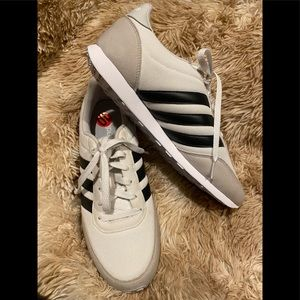 Adidas V Racer 2.0 W Women's Classic Shoes Size 10